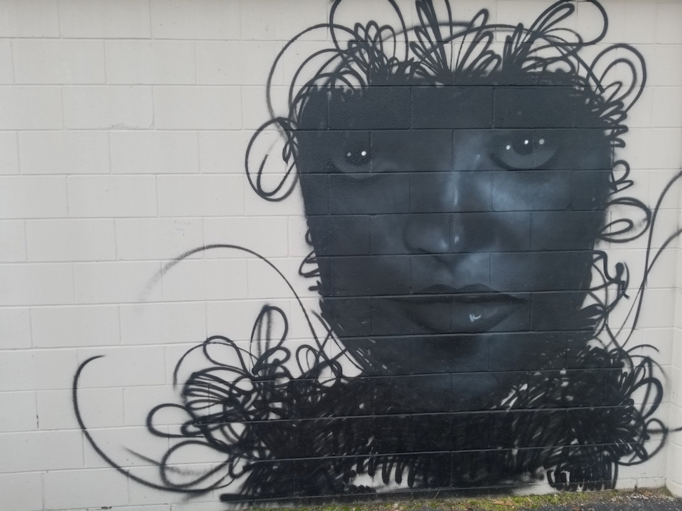 Artisan Alley, 'Woman in Fog' (2020), 222 W. 2nd St., artist — Prince Parise | Courtesy photo